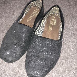 Black sparkly used TOMS